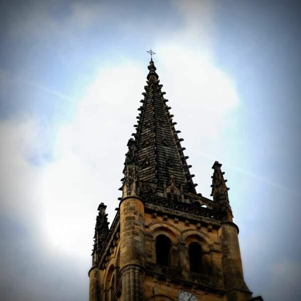 Clocher de l'église monolithe de Saint-Émilion (photo du GEOnaute wahranbordeaux)