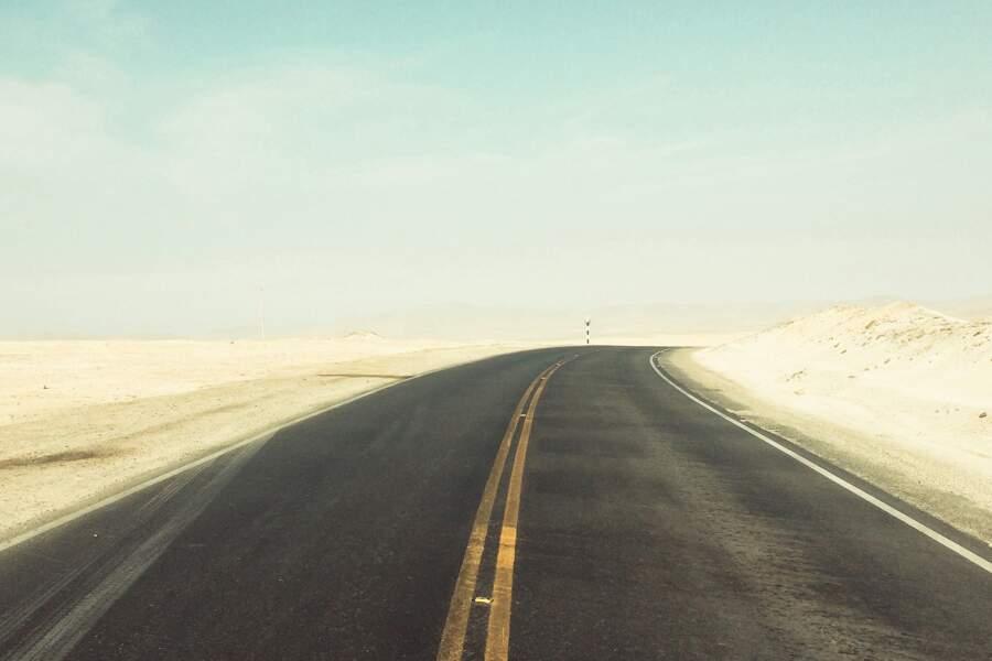 Le désert aride de Paracas