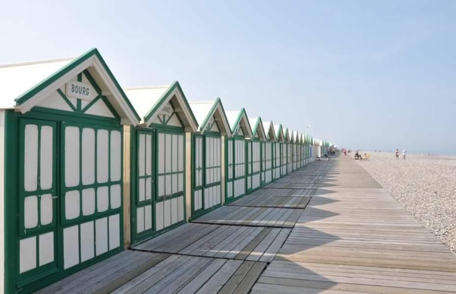 Cabines de plage sur la côte picarde, par le GEOnaute audipic