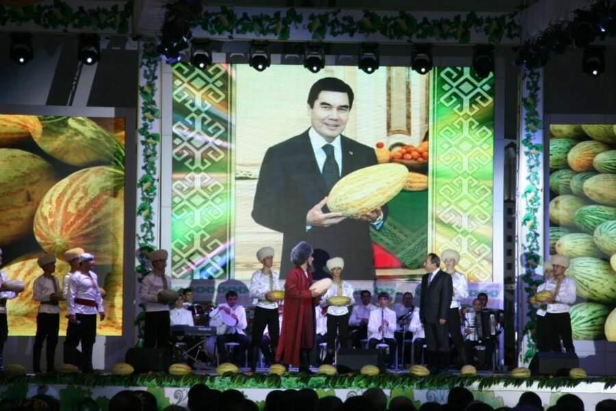 Fête des melons au Turkménistan, par le GEOnaute Lahautsurlesetoiles
