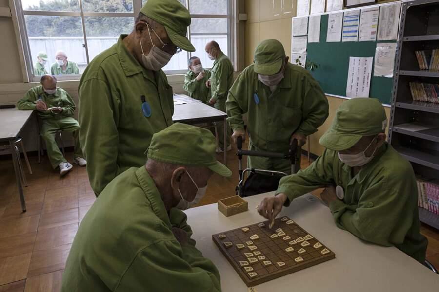 Les prisons deviennent des maisons de retraite