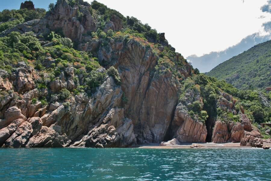 Les calanques de Piana, splendeur de la Corse sauvage