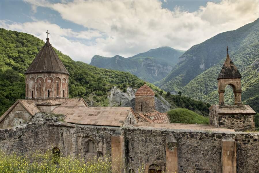 Des chefs-d'œuvre de l'architecture médiévale arménienne cachés dans les montagnes