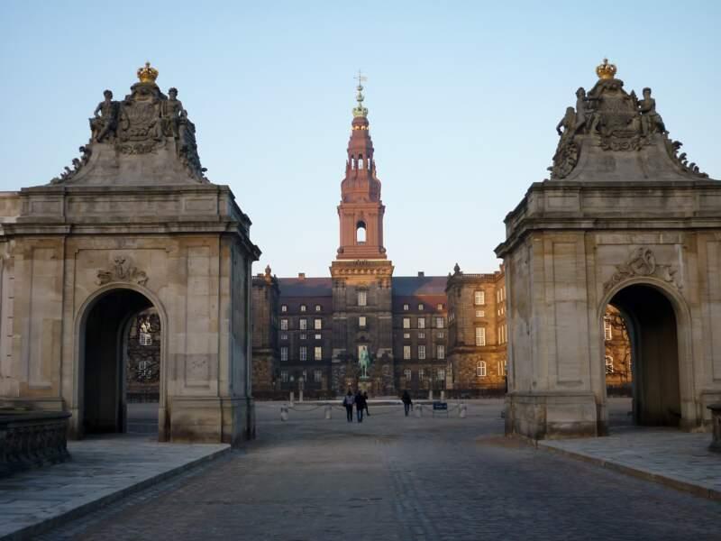 Le palais de Christiansborg, siège du Parlement