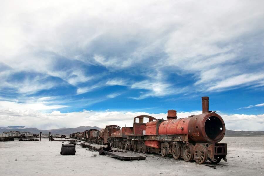 Cimetière ferroviaire à proximité d'Uyuni, dans l'Altiplano bolivien