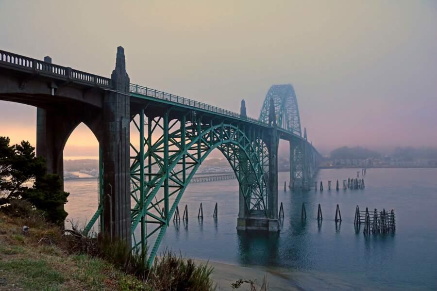Le Yaquina Bay Bridge
