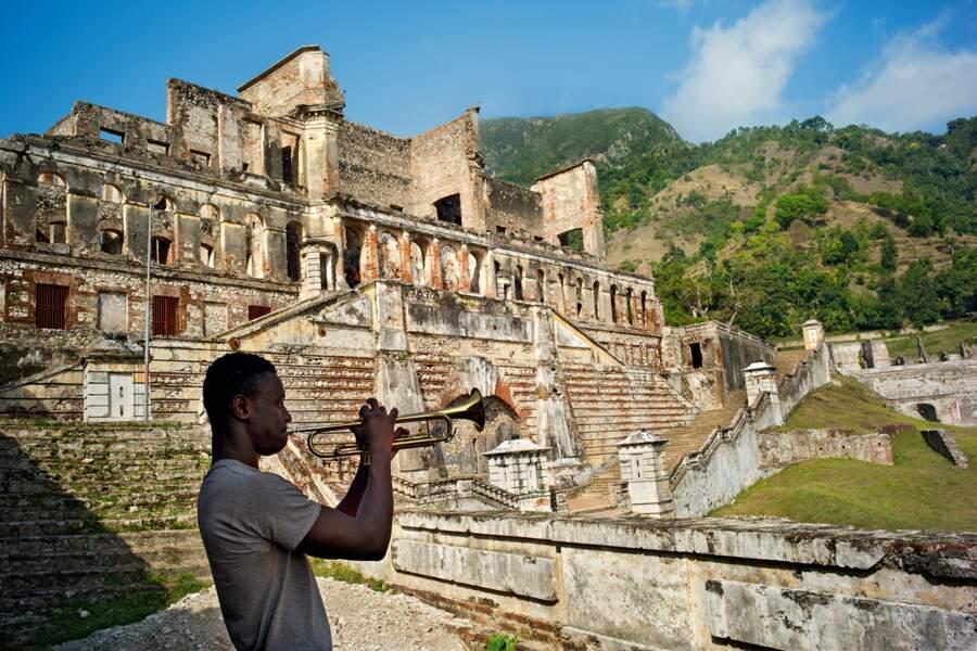 Les musiciens sont les nouveaux rois du Versailles des Tropiques