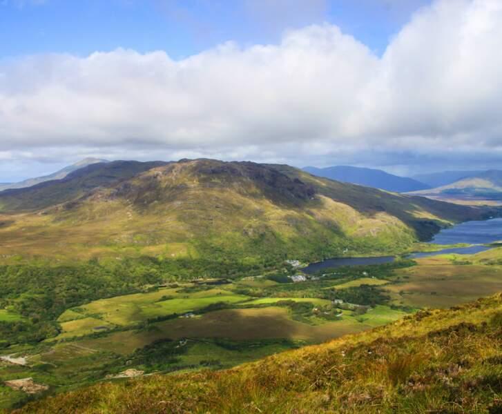 Au sommet du Diamond Hill, dans le Connemara, vue sur la baie de Galway