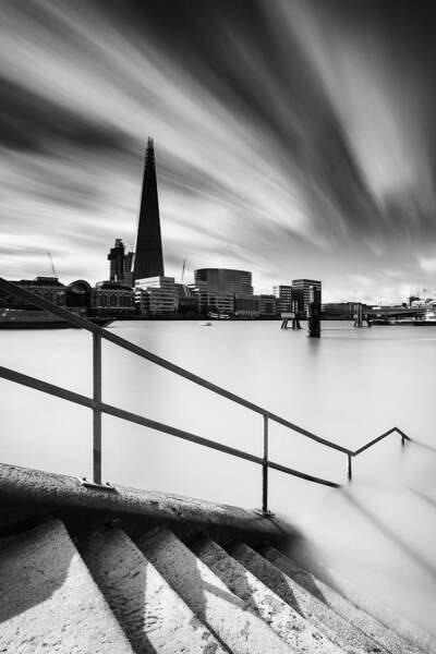 Photo prise face au building The Shard, à Londres (Royaume-Uni), par donpilou