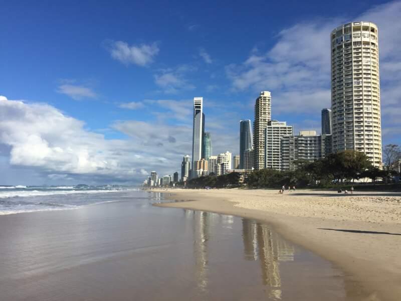 23 - Plage de Surfers Paradise, Australie
