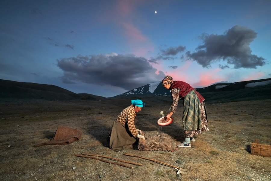 Une journée ordinaire au camp d'été du mont Tsengel Khairkhan