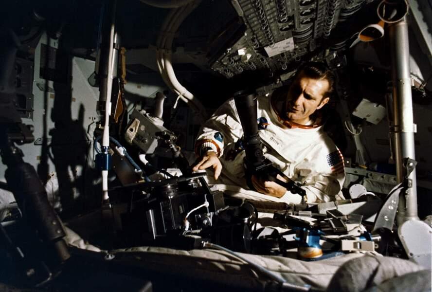 Apollo 12 : des passagères clandestines… et sexy !