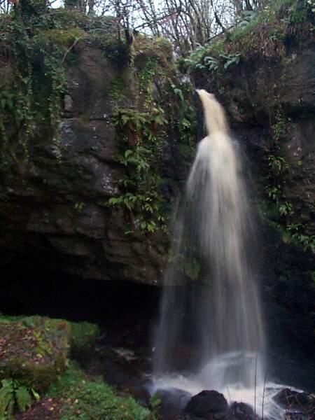 Grotte de Pollnagollum, en Irlande du Nord : la grotte de Béric Dondarrion