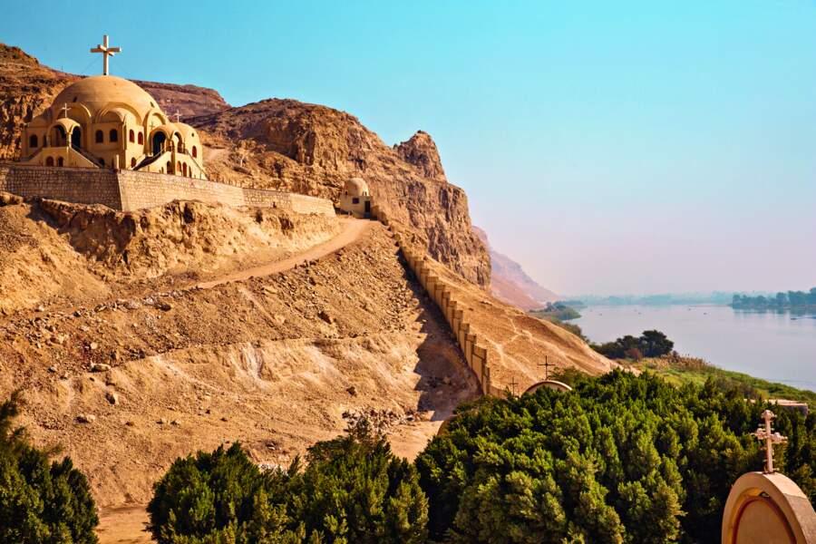Près d'Assiout, le couvent de Mar Mina témoigne du renouveau récent de la communauté copte.