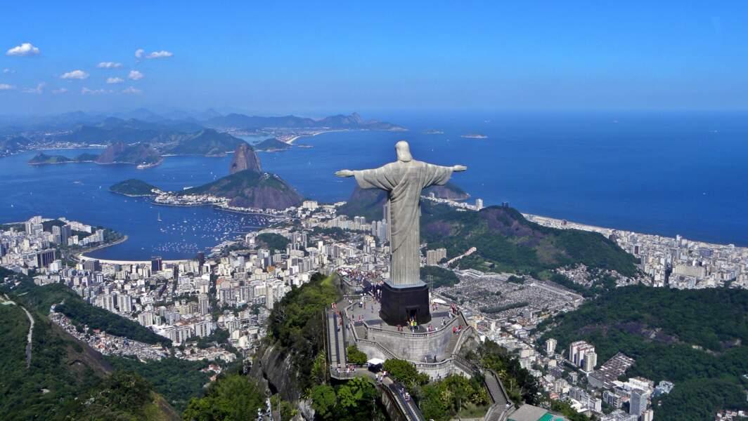 14 - La statue du Christ Rédempteur à Rio de Janeiro, Brésil
