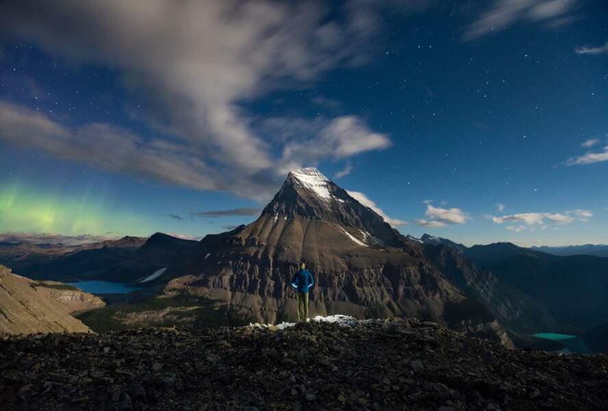 Sous les étoiles exactement, parc provincial du Mont-Robson en Colombie-Britannique (Canada)