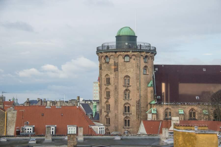 La tour ronde, un observatoire vieux de plus de trois cents ans