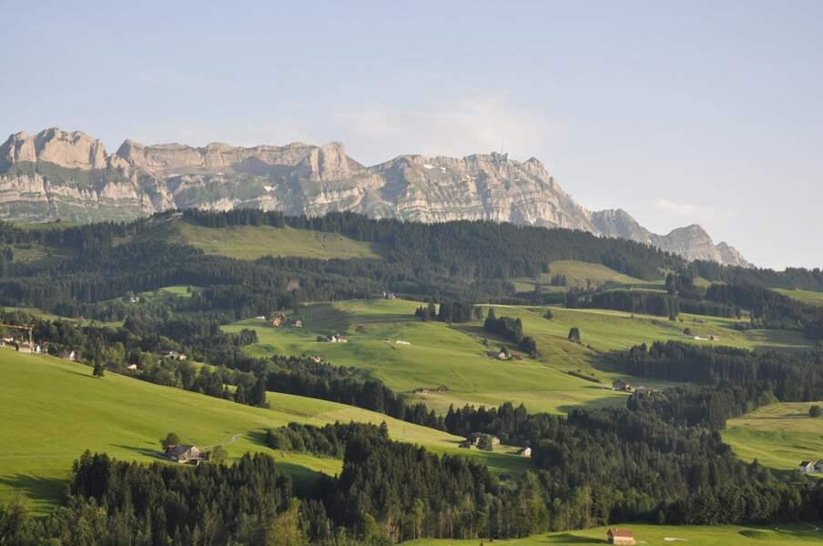 Suisse: un petit pays aux espaces XXL à découvrir