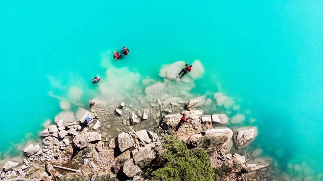 Le Phoksundo, un lac au bleu irréel