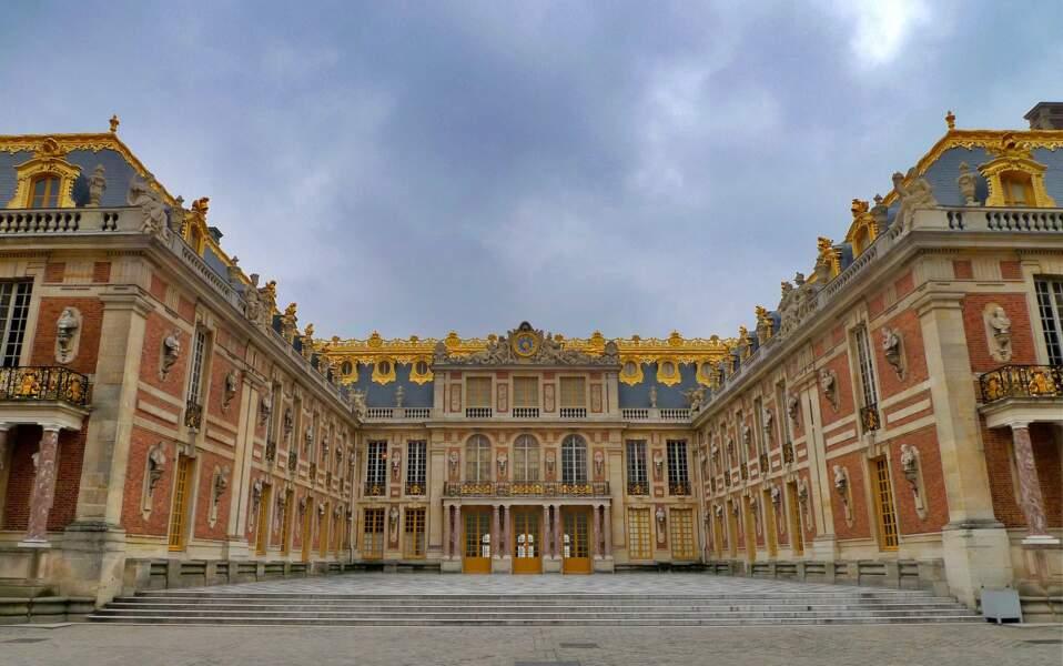 2. Le château de Versailles