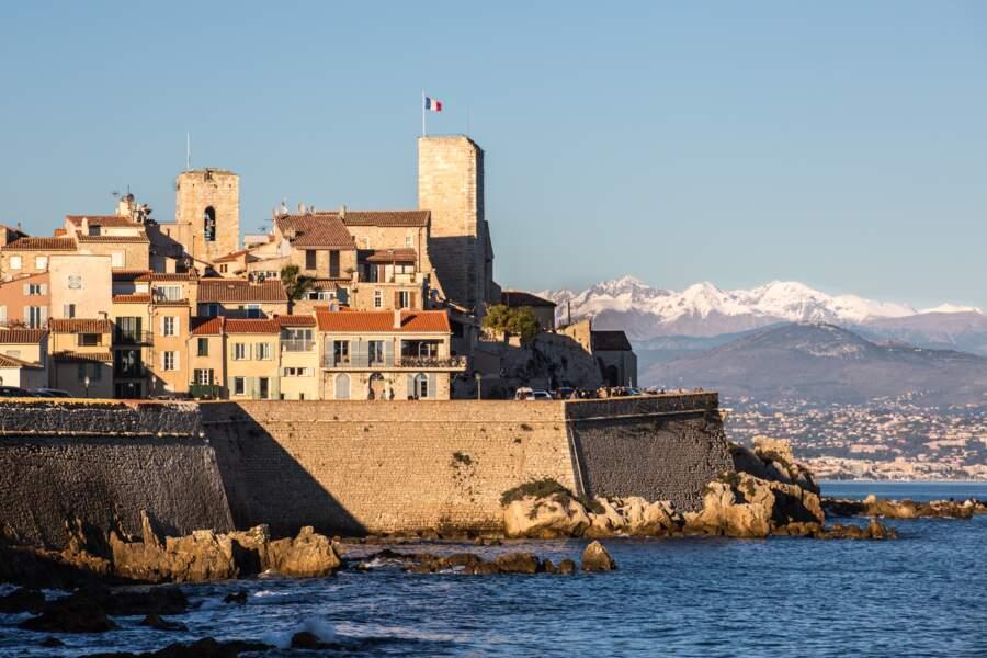 La Côte d'Azur : un mois de février entre mer et montagne