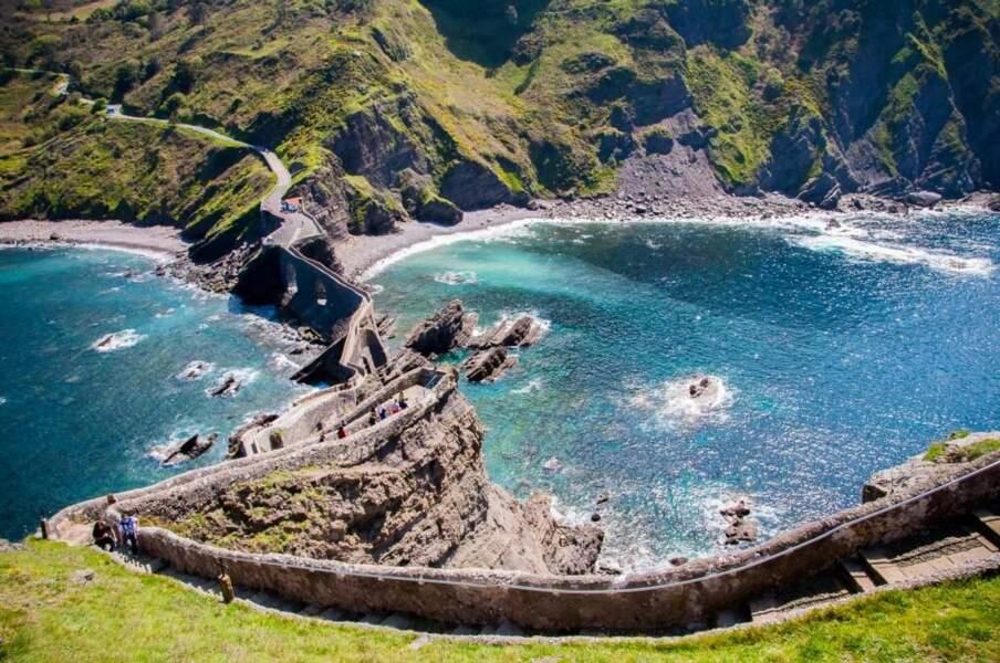 San Juan de Gaztelugatxe, dans le Pays basque espagnol, par le GEOnaute Made In Run