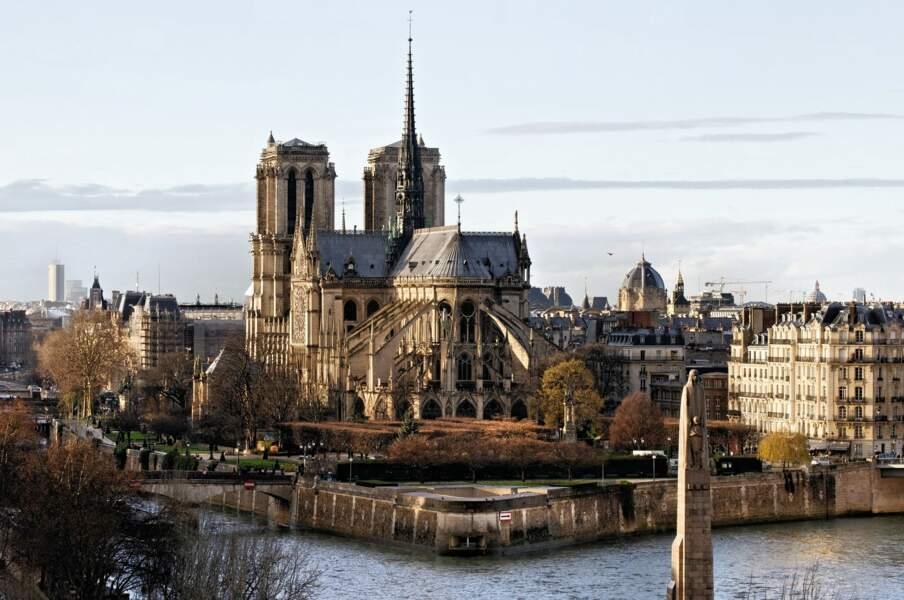 1437 : Célébration de la reprise de Paris