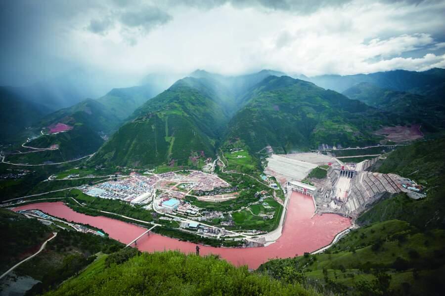 Des barrages grands comme des montagnes