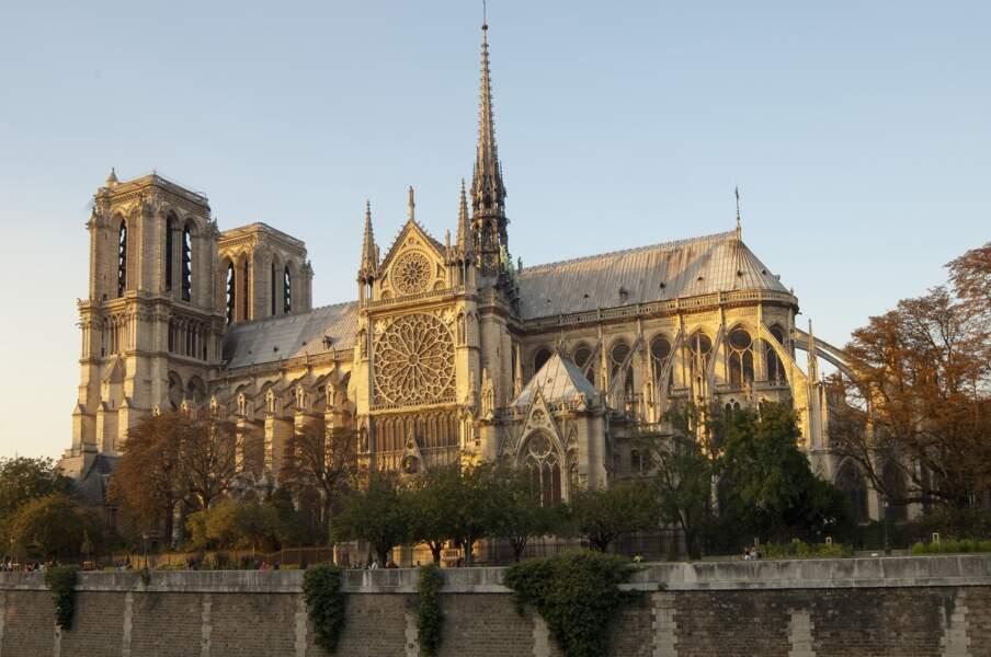 Notre-Dame de Paris : plus de 850 ans d'histoire