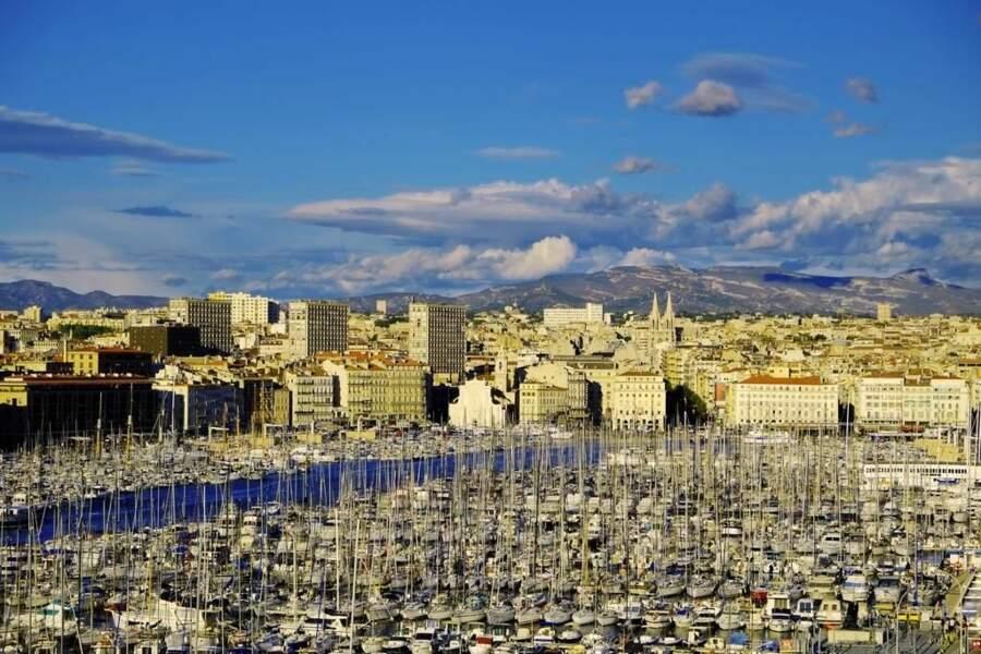 Photo prise dans le Vieux-Port de Marseille (Provence-Alpes-Côte d'Azur) par le GEOnaute : totobr