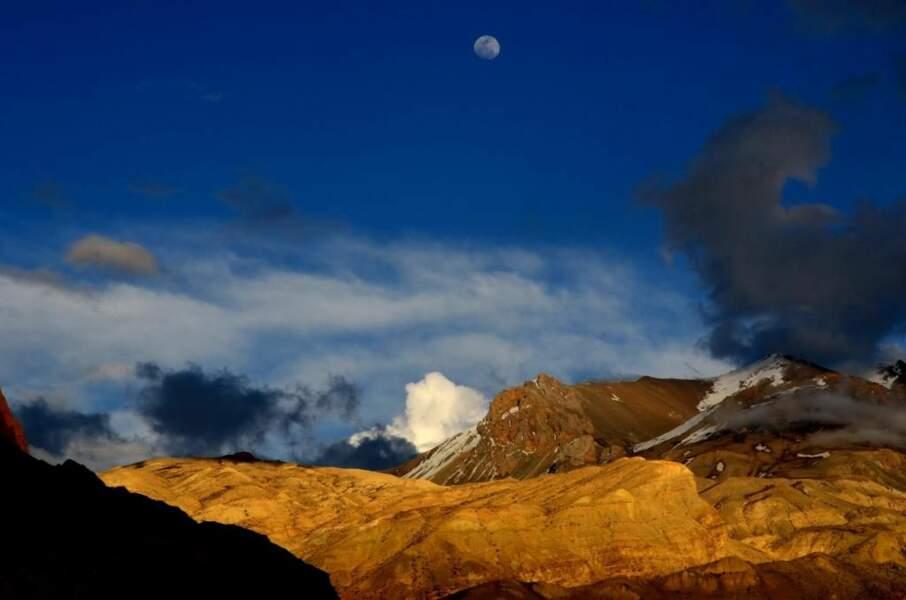 Photo prise dans le district de Mustang (Népal), par alexlejarre.com