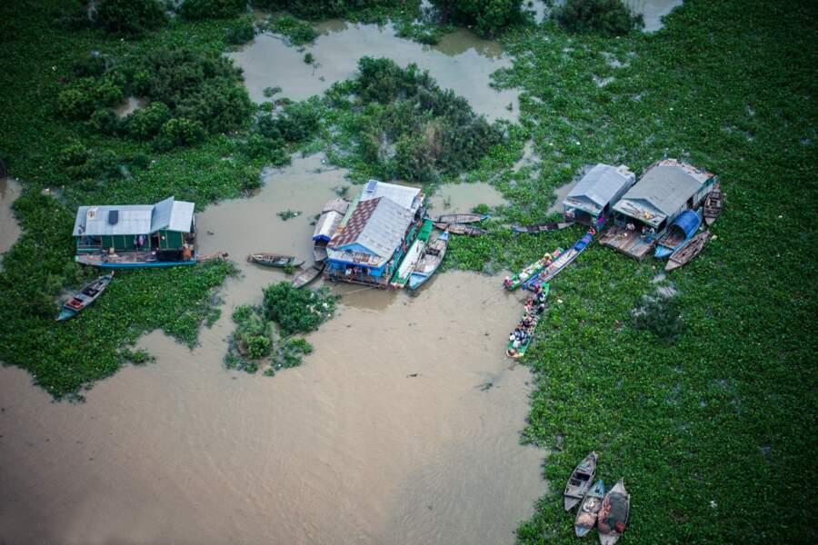 Un village flottant sur le Tonlé Sap