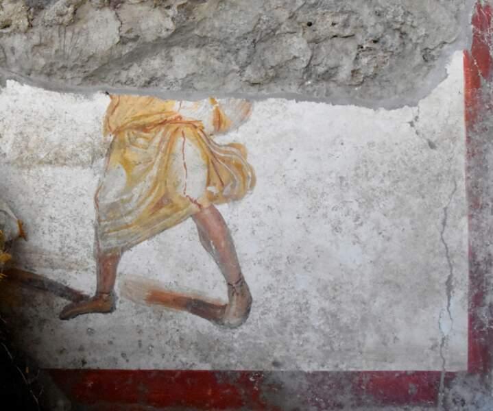 Une autre fresque partiellement détruite