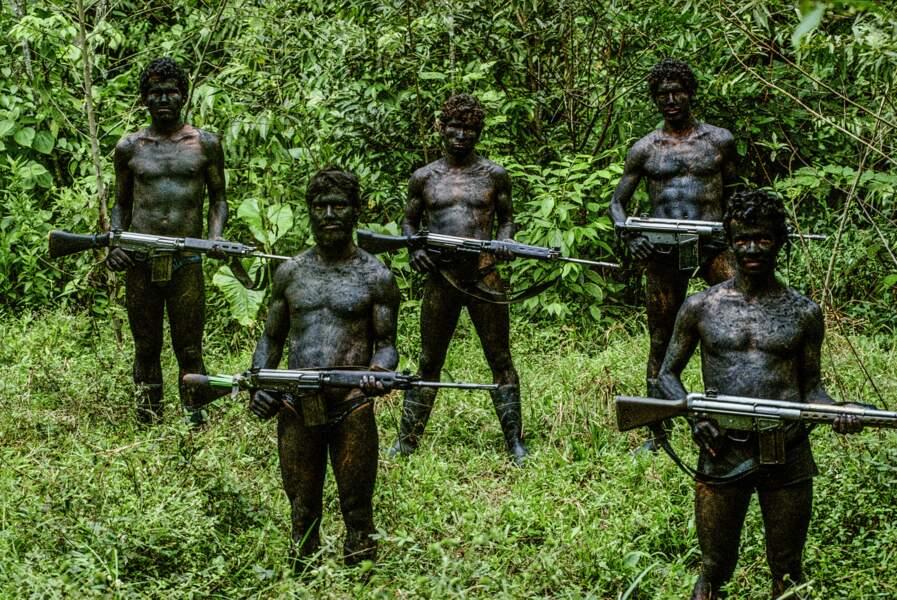 1991, guérilléros colombiens en jungle hostile