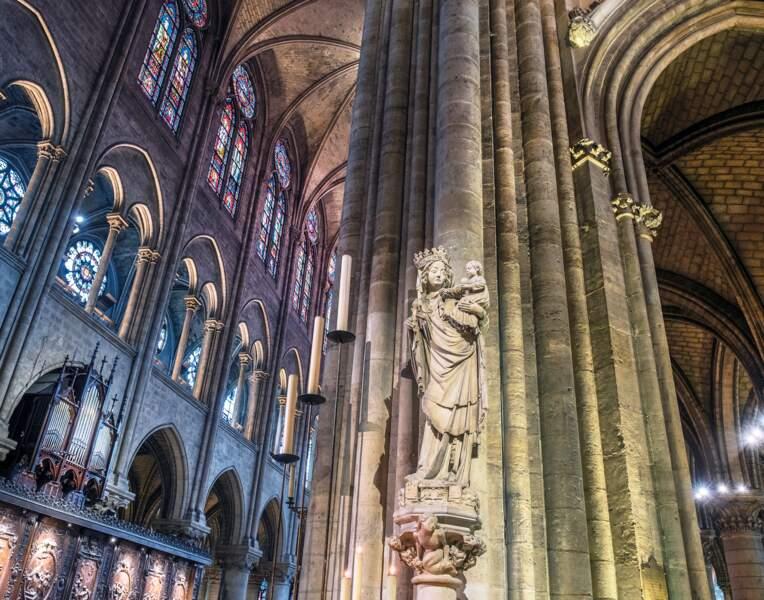 Le pilier de la Vierge à l'Enfant