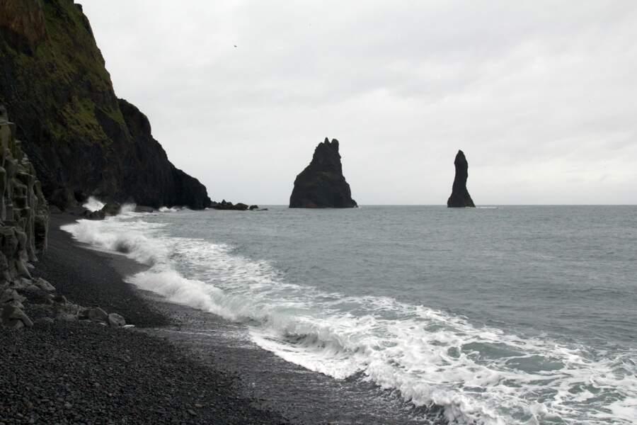 Les rivages de Reynisfjara, sur la côte sud de l'Islande : planète Eadu (Rogue One)