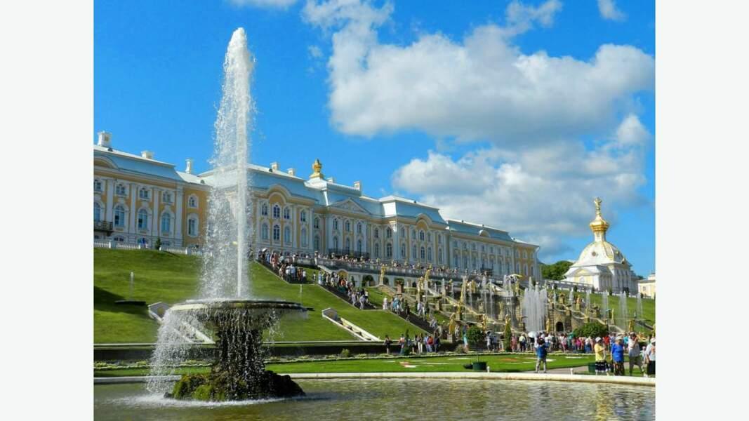Peterhof et ses jardins, comme un air de Versailles !