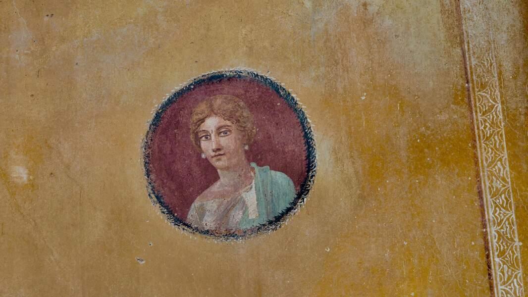 Portrait d'une figure féminine, peut être la maîtresse de maison
