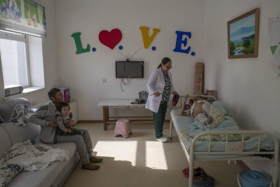 A l'hôpital de Khanbogd