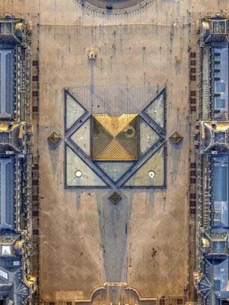 Pyramide design