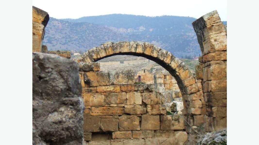 Thermes antiques de Hierapolis
