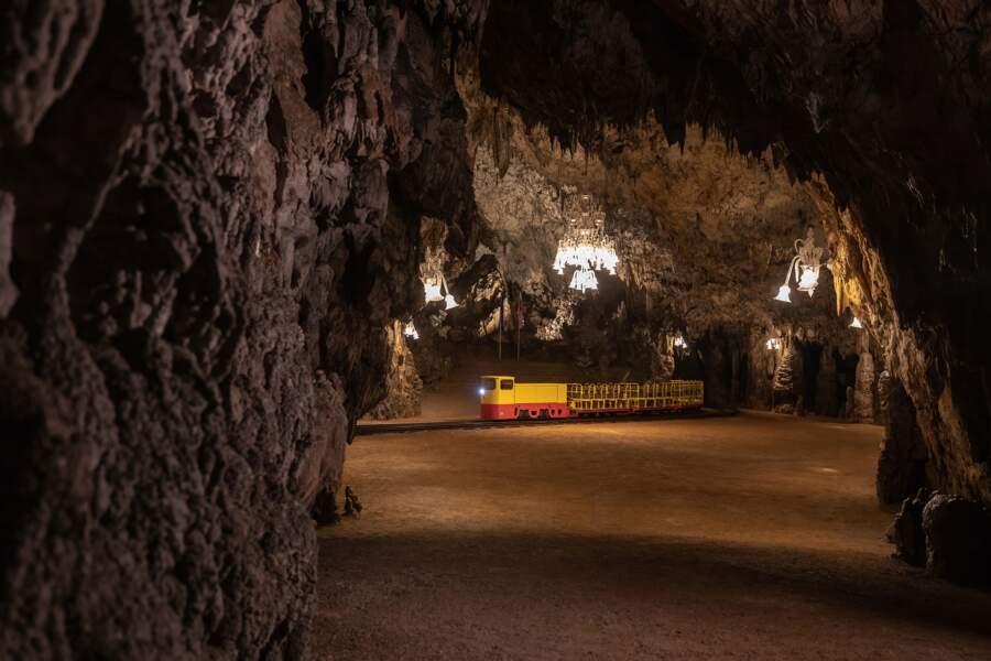 L'une des plus grandes grottes d'Europe
