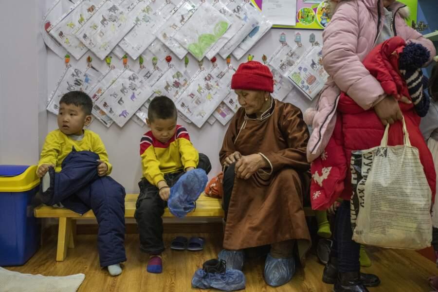 Sortie des classes à l'école primaire