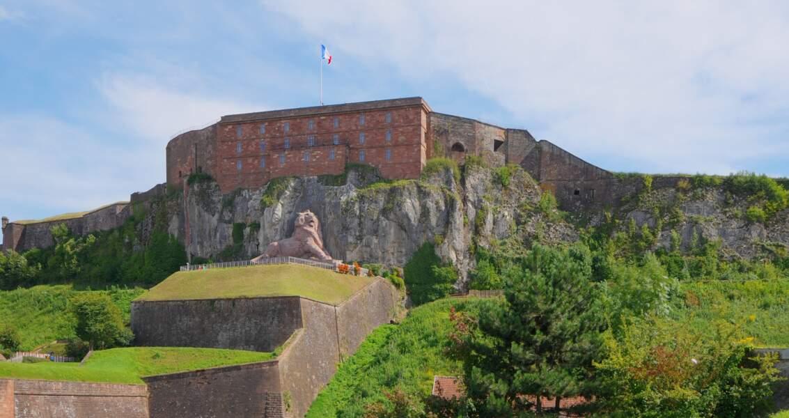 La citadelle et le lion de Belfort (Bourgogne-Franche-Comté)