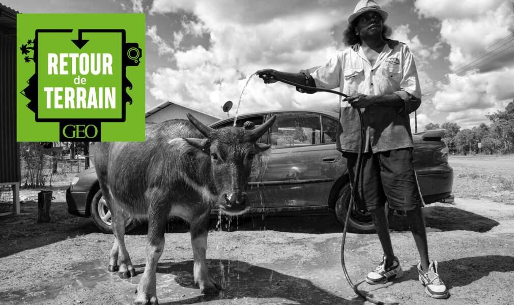 # 7 Australie : adoptée par les Aborigènes de la Terre d'Arnhem, elle raconte