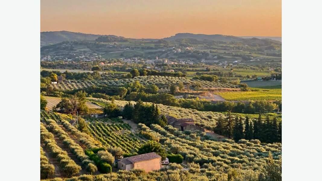 Coucher de soleil dans la Drôme provençale