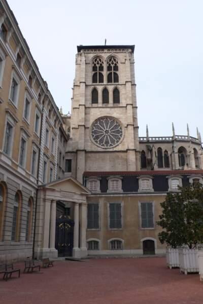 La bibliothèque du 5ème Saint-Jean, à Lyon