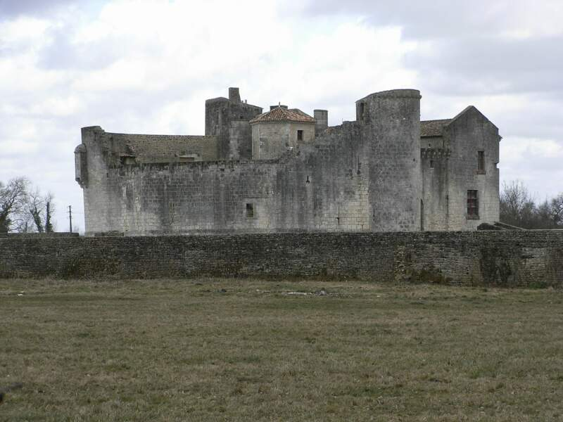 Château fort de Saint Jean d'Angle
