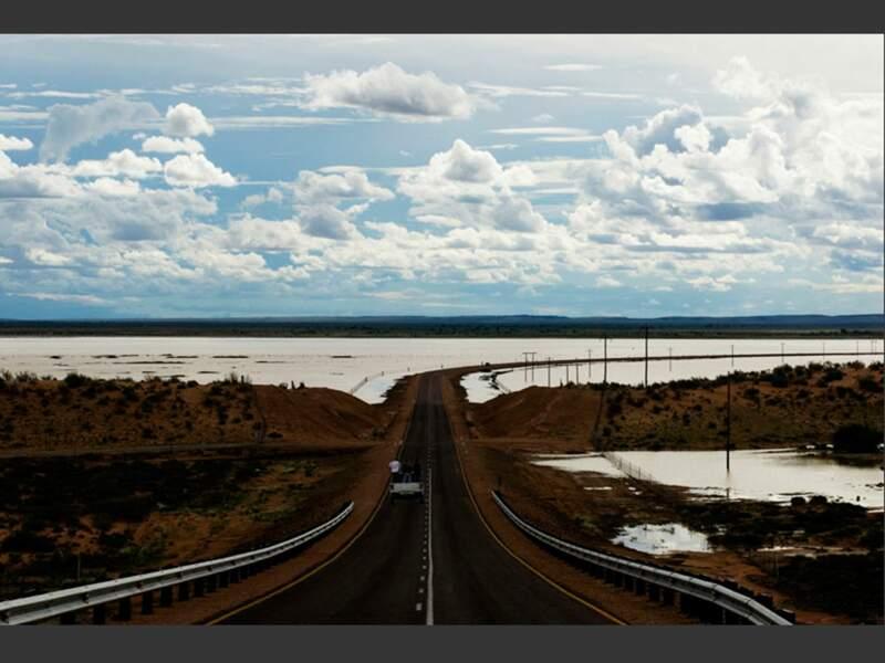 Une route aux confins de l'Afrique du Sud et de la Namibie