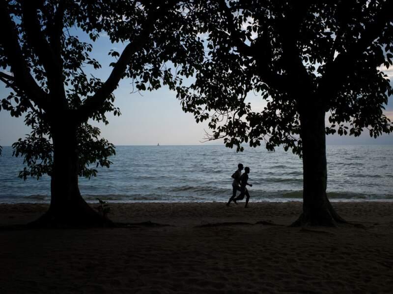Au plus fort du massacre, en 1994, la plage de Gisenyi était jonchée de cadavres